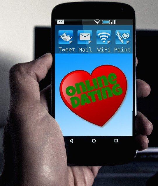 Online ismerkedés társkerreső appokon keresztül